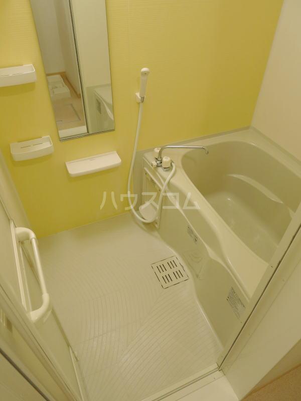 ハーヴェストⅡ 202号室の風呂