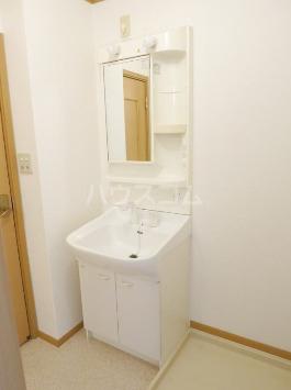 アルカンシエルⅠ 201号室の洗面所