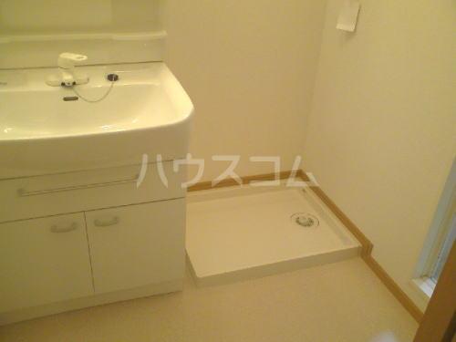 イリス D 101号室の洗面所