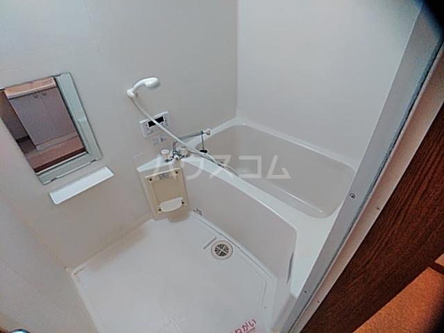 アンセートル城屋敷 B 102号室の風呂