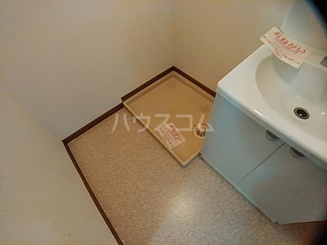 アンセートル城屋敷 B 102号室の洗面所