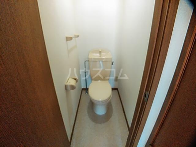 アンセートル城屋敷 B 102号室のトイレ