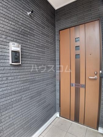 パートリア 竹之内 101号室の玄関