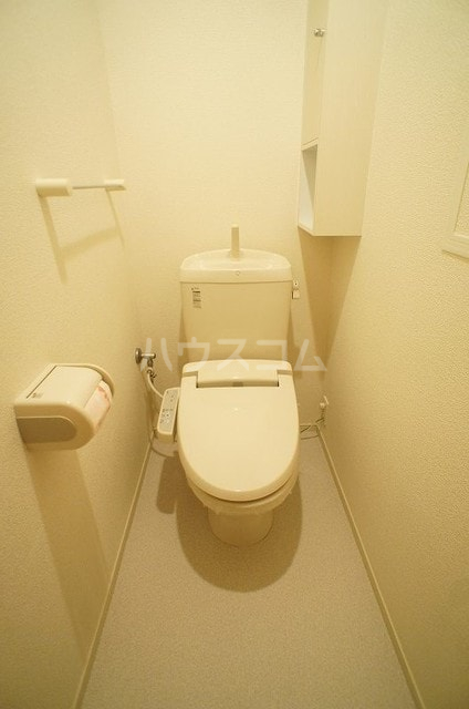 メゾンシュクレ Ⅰ(アン) 204号室のトイレ