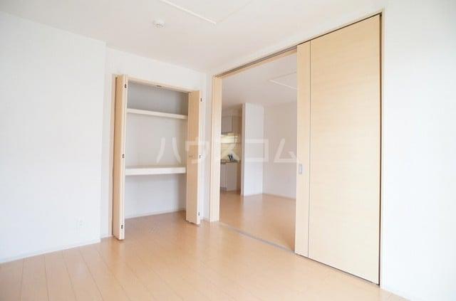 メゾンシュクレ Ⅰ(アン) 204号室のベッドルーム