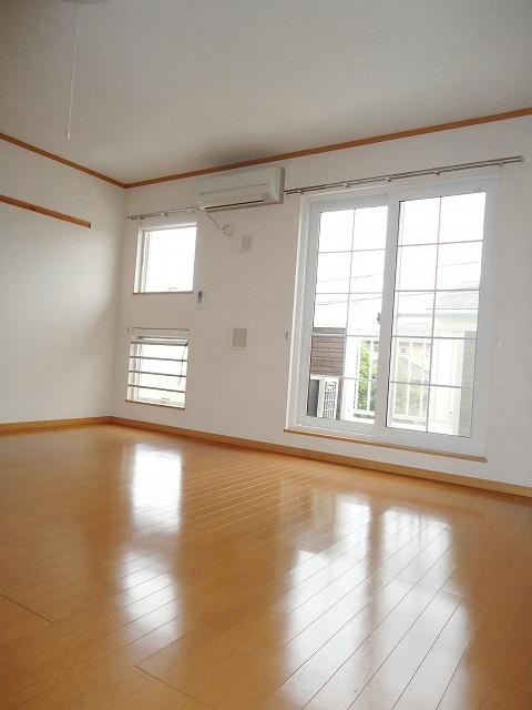 クレストール永吉 105号室のキッチン