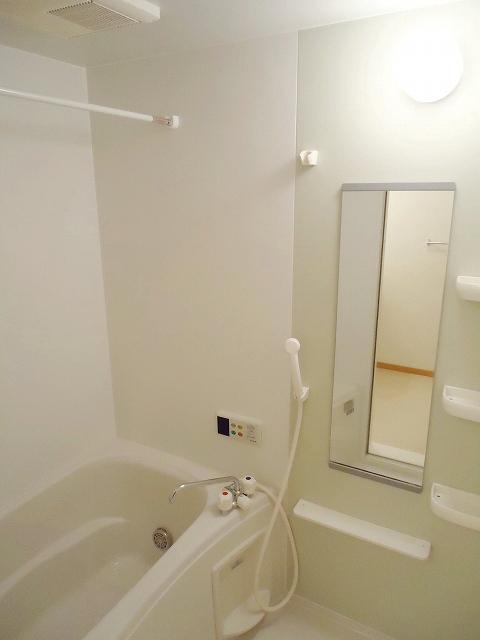 クレストール永吉 105号室の風呂