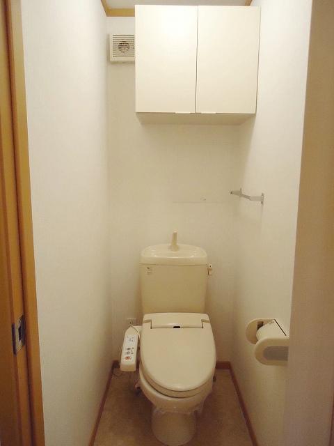クレストール永吉 105号室のトイレ