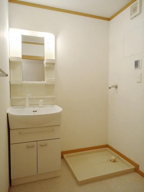 クレストール永吉 105号室の洗面所