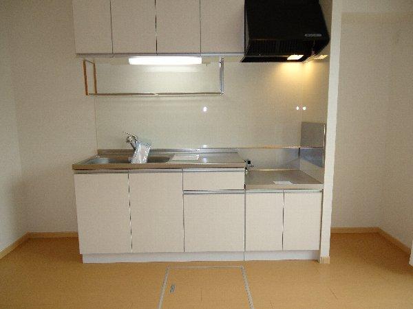 フーガ宮司浜 A 02030号室のキッチン