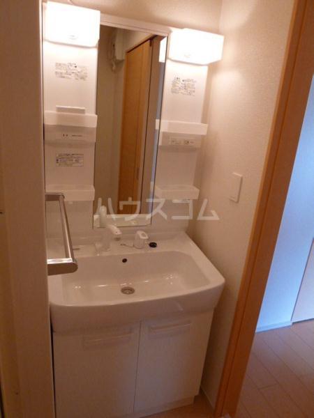 アンソレイエ A 105号室の洗面所