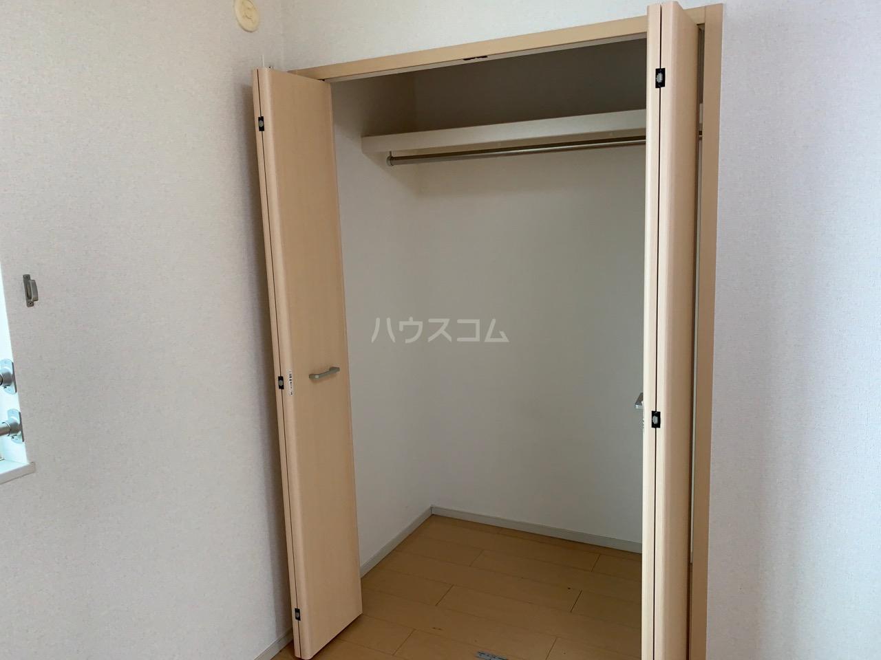 ミルレーヴⅢ 203号室の収納