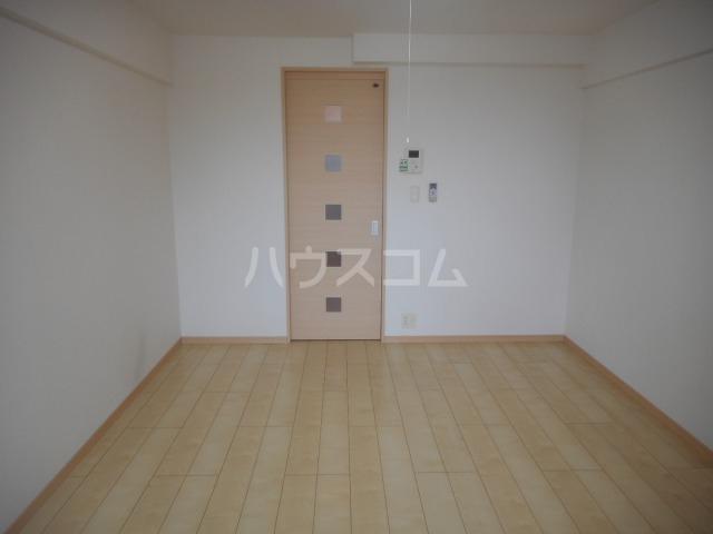 アウローラBB 302号室の居室