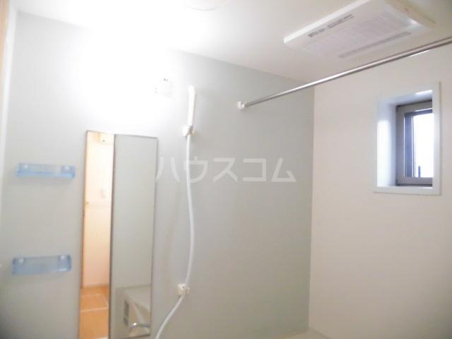 ブランドールⅡ 02020号室の風呂