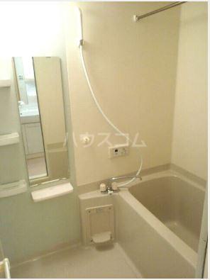 ハーベストウムサ 204号室の風呂