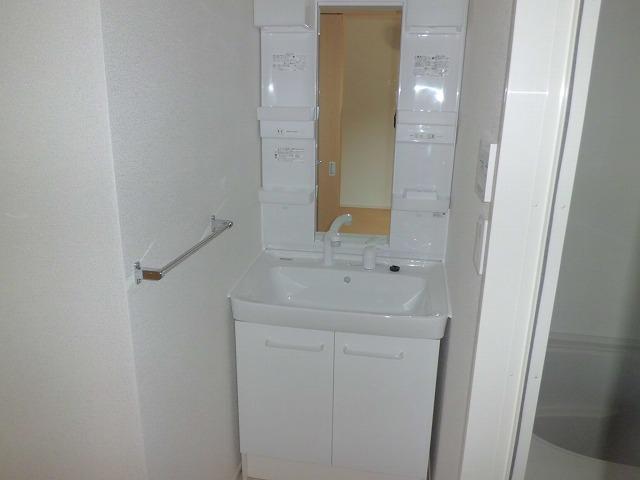 ファインヒル 303号室の洗面所