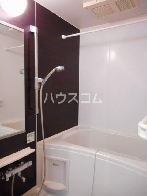 オークヴィラ 302号室の風呂