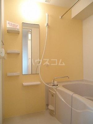 カーサ モデルノA 03010号室の風呂