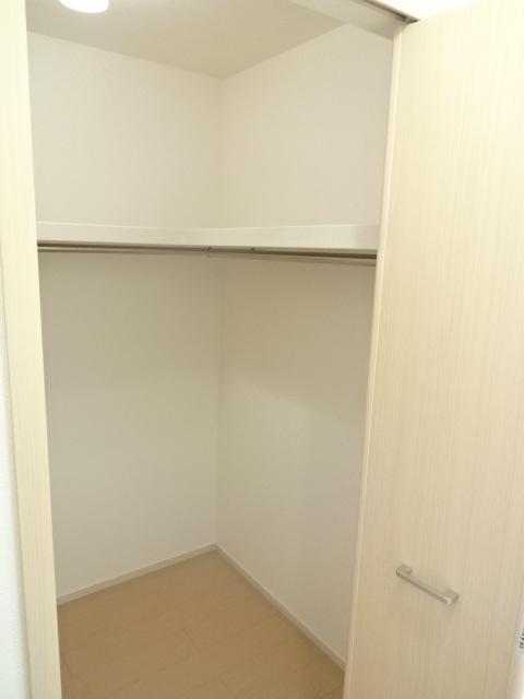 アガペー 101号室の収納