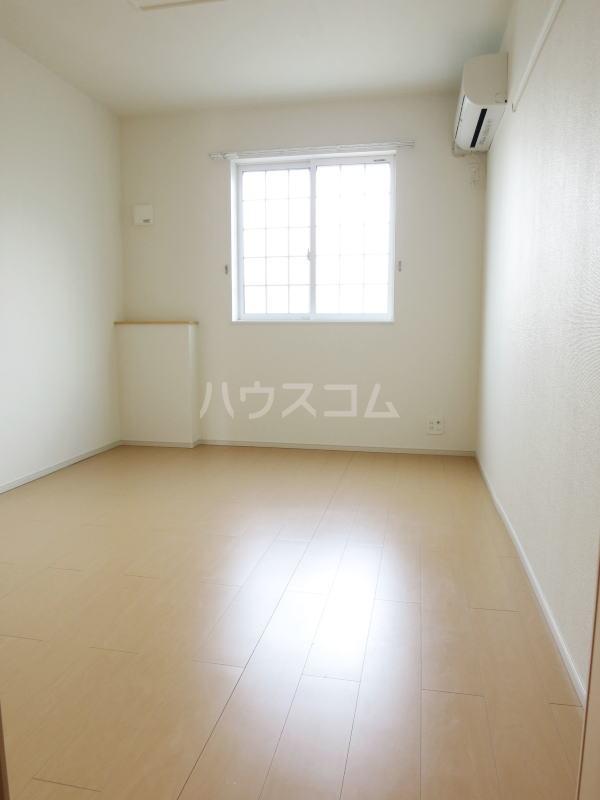 プリムラⅡ 103号室の居室