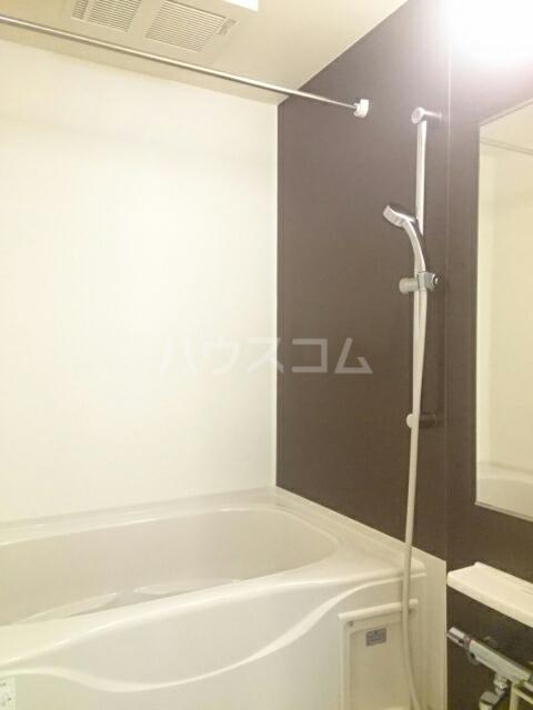 トレス中田 402号室の風呂