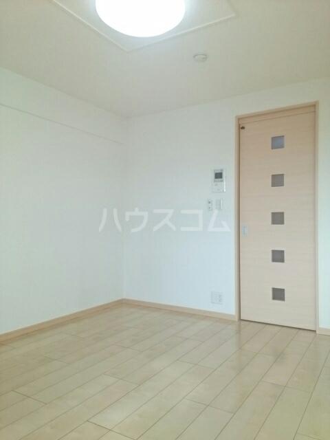 トレス中田 402号室のベッドルーム