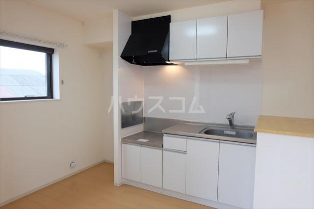 サン フェリーチェ 02020号室のキッチン