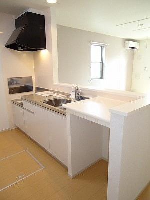 エルシアⅠ 01020号室のキッチン