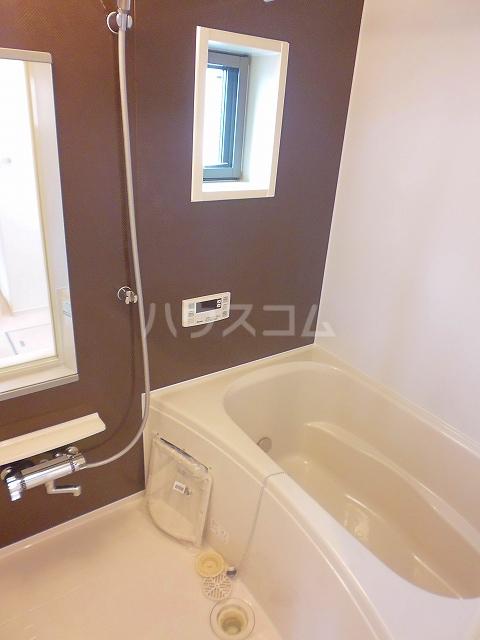グランシュール Ⅲ 201号室の風呂