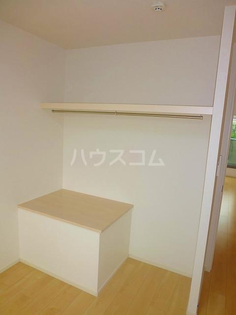 グランシュール Ⅲ 201号室の収納