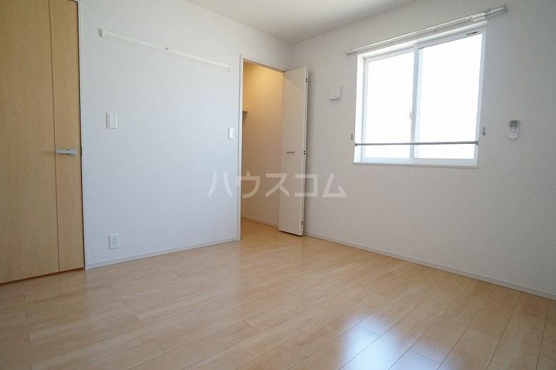 パティオB 02020号室の居室