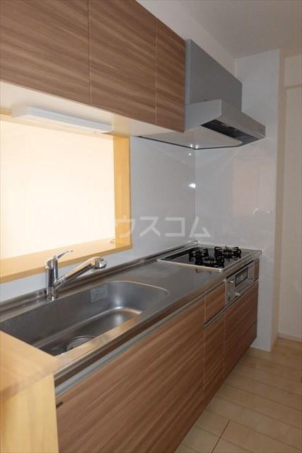 イースト アヴェニュー 06010号室のキッチン