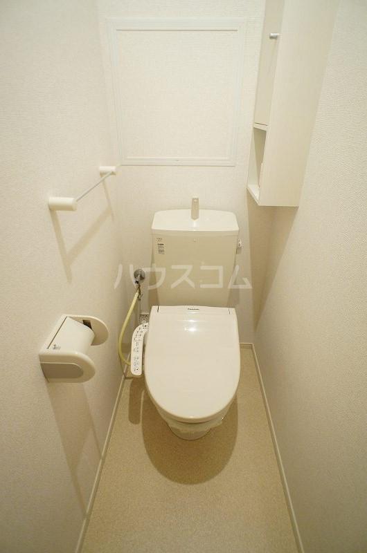 SPOT RESIDENCE 02010号室のトイレ