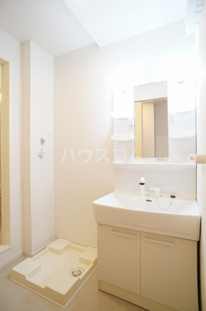 WKM474 01010号室の洗面所