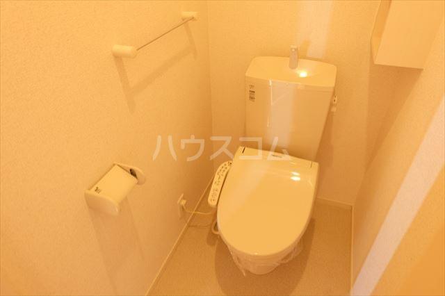 フレアコート 03050号室のトイレ