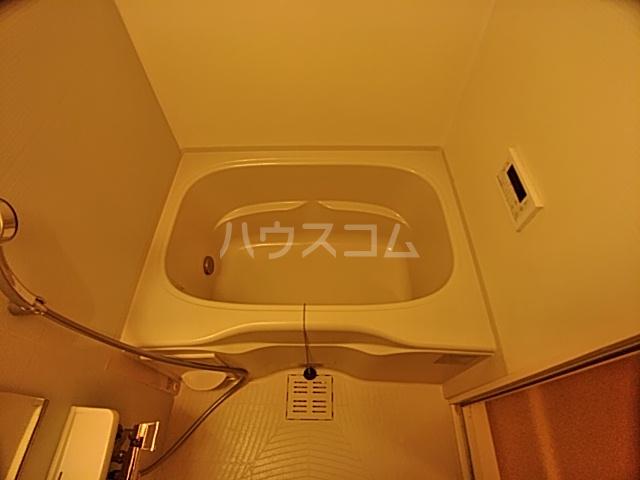 メゾンあおい 101号室の風呂