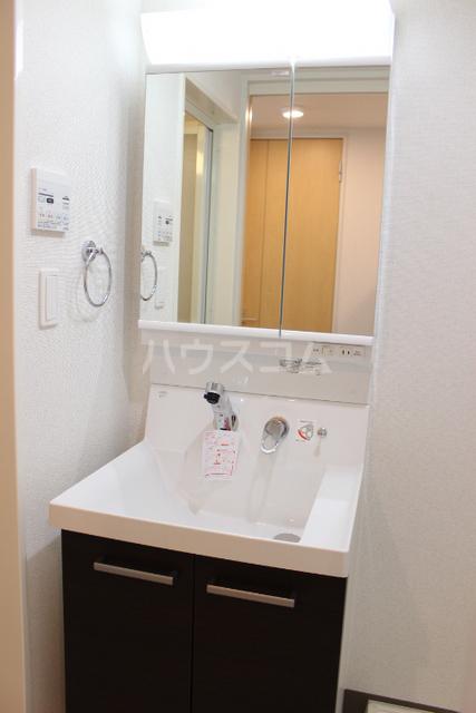 ミニヨン アビタシオン久米 505号室の洗面所
