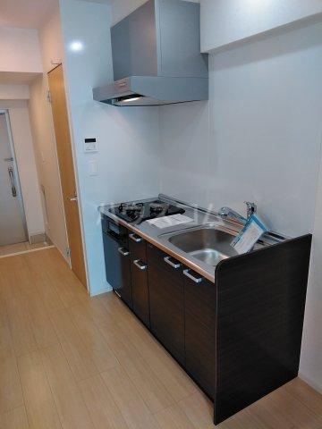 アーバンライフ 那覇 405号室のキッチン