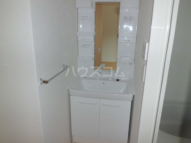ニュータウン 306号室の洗面所