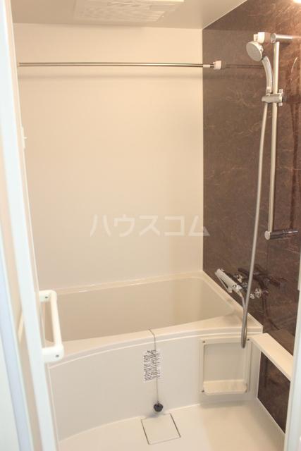 ブローテ 古蔵 401号室の風呂