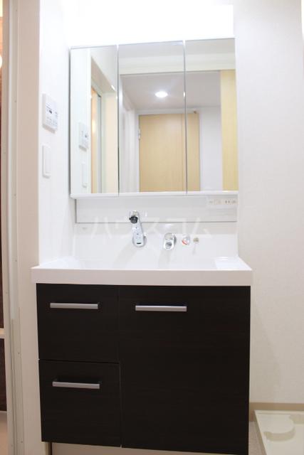 ブローテ 古蔵 401号室の洗面所