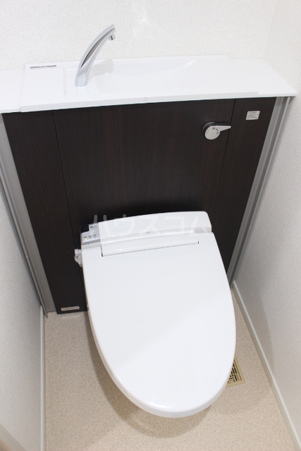 ブローテ 古蔵 401号室のトイレ
