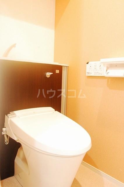 テゾーロ ミオ 105号室のトイレ