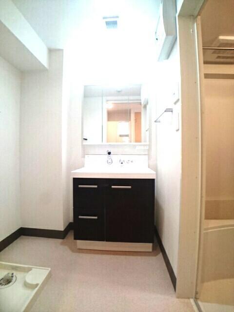 バーバリー・ヒル 103号室の洗面所