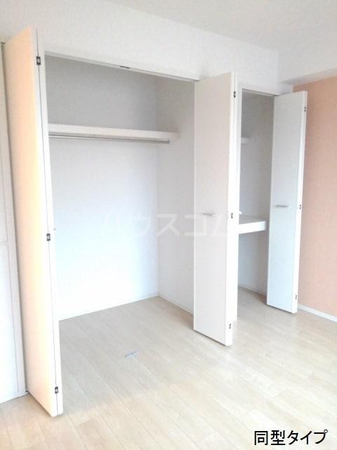 ホロンリバー 02020号室の収納