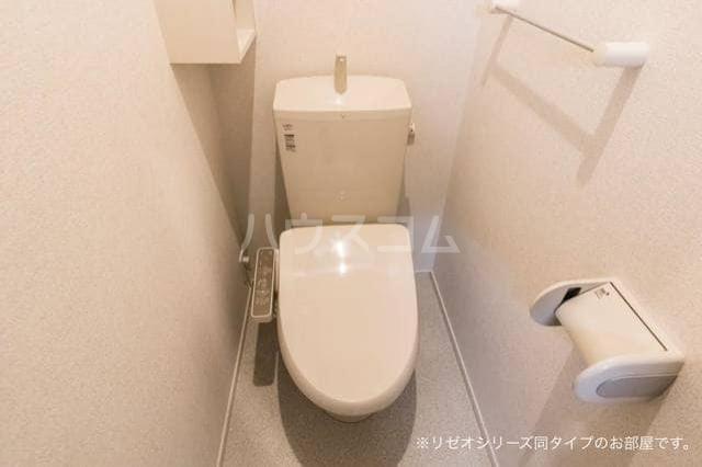 ベル・フルール弥生台Ⅰ 01010号室のトイレ