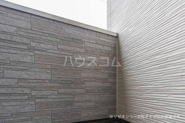 ベル・フルール弥生台Ⅰ 01010号室のバルコニー
