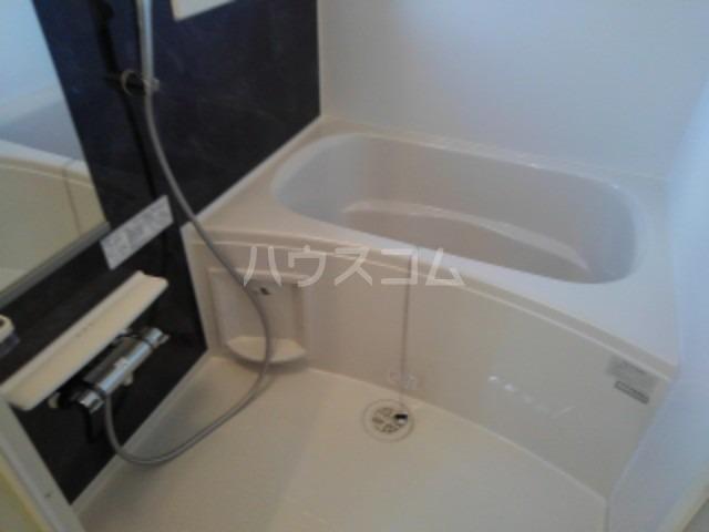 レジデンスⅠ 02010号室の風呂