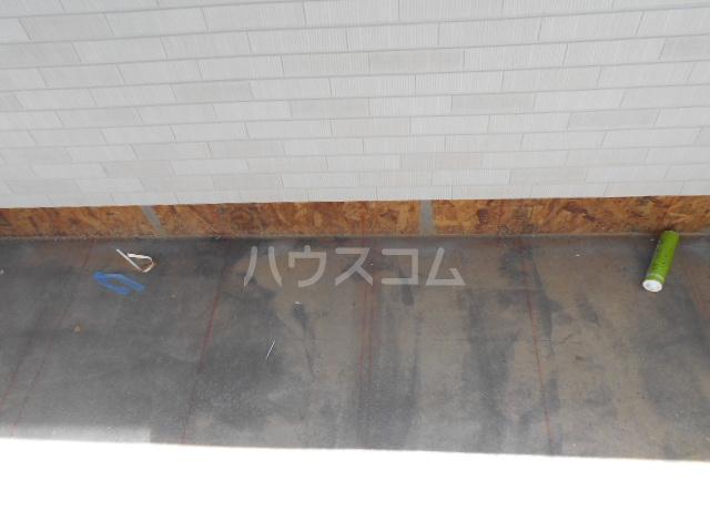 リオンドール駒形B 01010号室のバルコニー