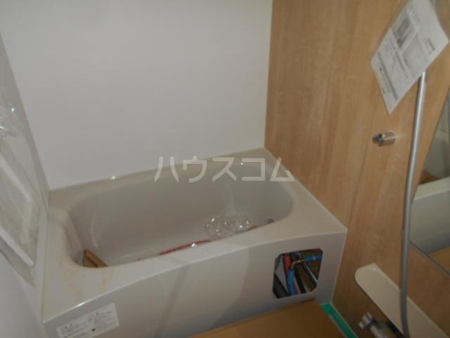 リオンドール駒形B 01010号室の風呂